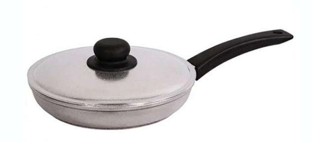 Сковорода алюминиевая литая Блеск 200 мм 2004БК
