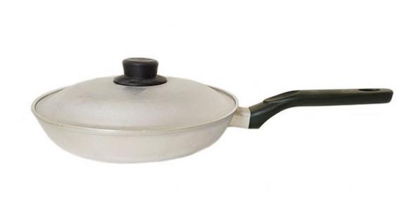 Сковорода алюминиевая литая 250мм с гладким дном С